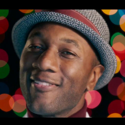 Aloe Blacc - I Got Your Christmas Right Here - Christmas Radio