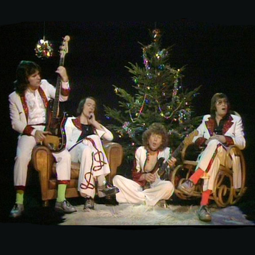 Mud - Lonely This Christmas - Christmas Radio
